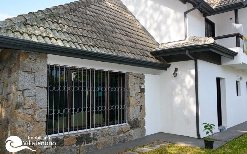 Casa_Itagua_Venda_Ubatuba_fachada_3_1110x623