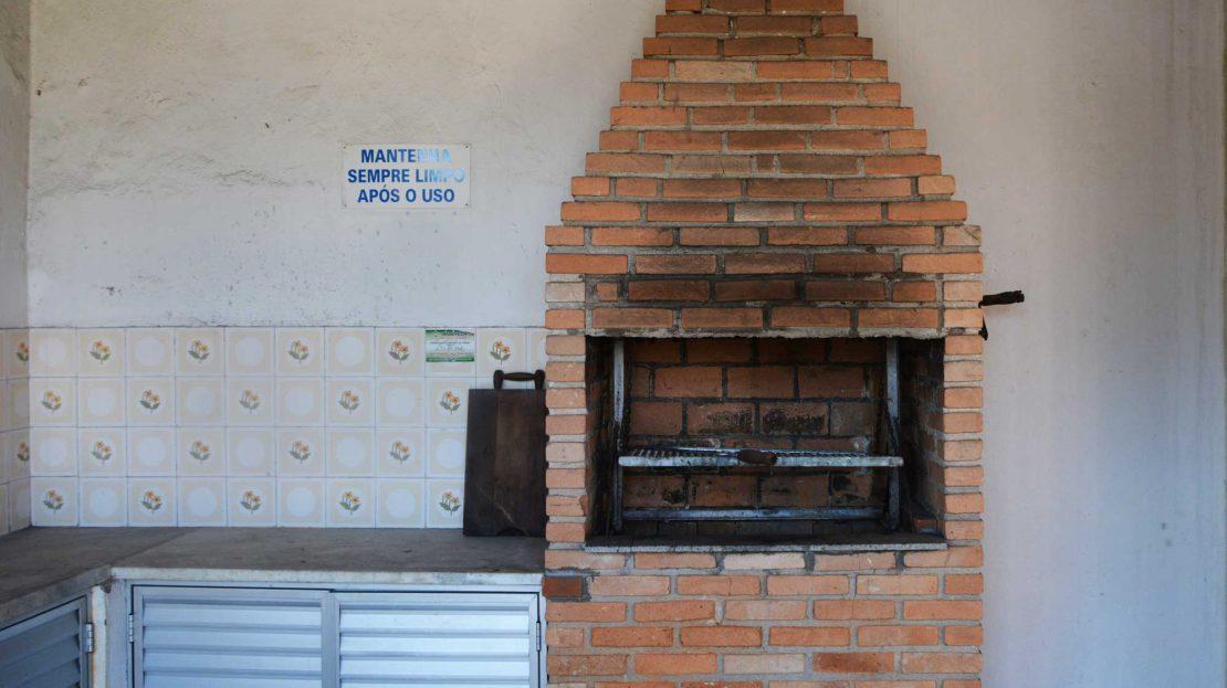 Apartamento no centro de Ubatuba para vender - Foto Area da Churrasqueira
