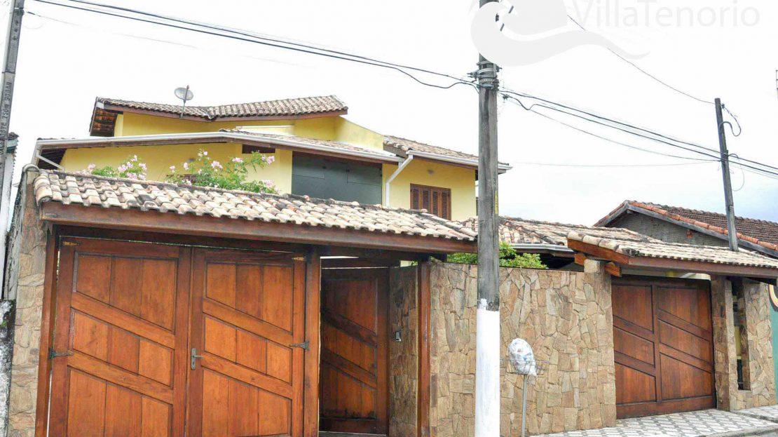 Casa_Venda_Ubatuba_centro_frente