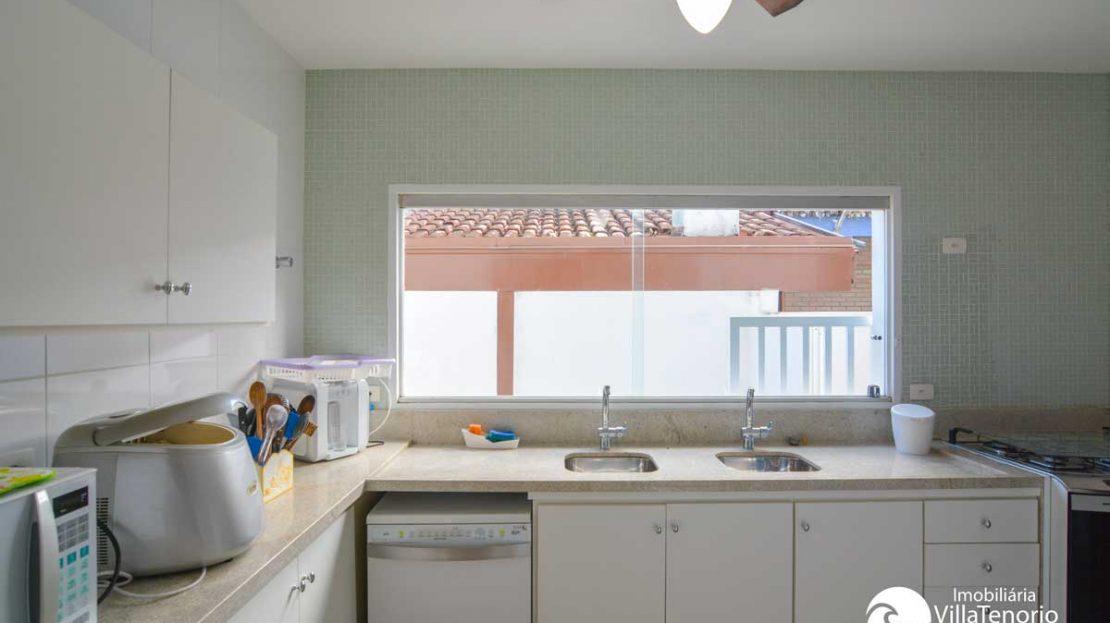 Casa_Venda_PraiadoLazaro_Ubatuba_cozinha
