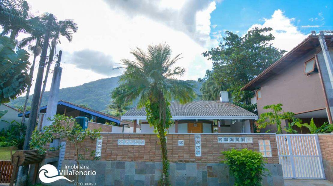 Casa_Venda_PraiadoLazaro_Ubatuba_fachada
