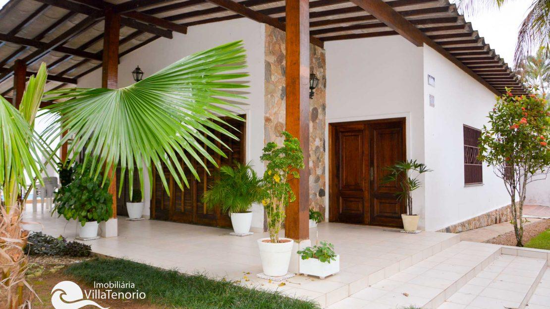 Casa_Venda_Praia_Toninhas_frente