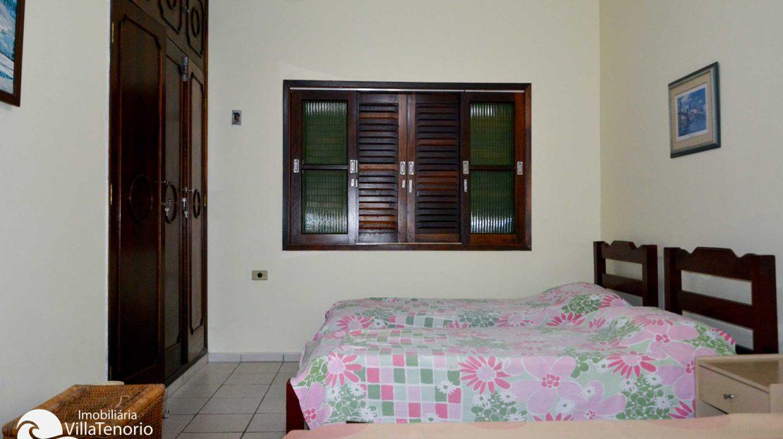 Casa_Venda_Praia_Toninhas_quarto