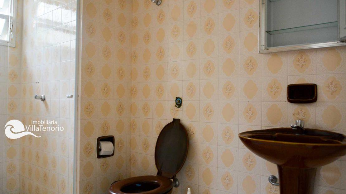 Casa para vender Ubatuba - Praia da Enseada - banheiro