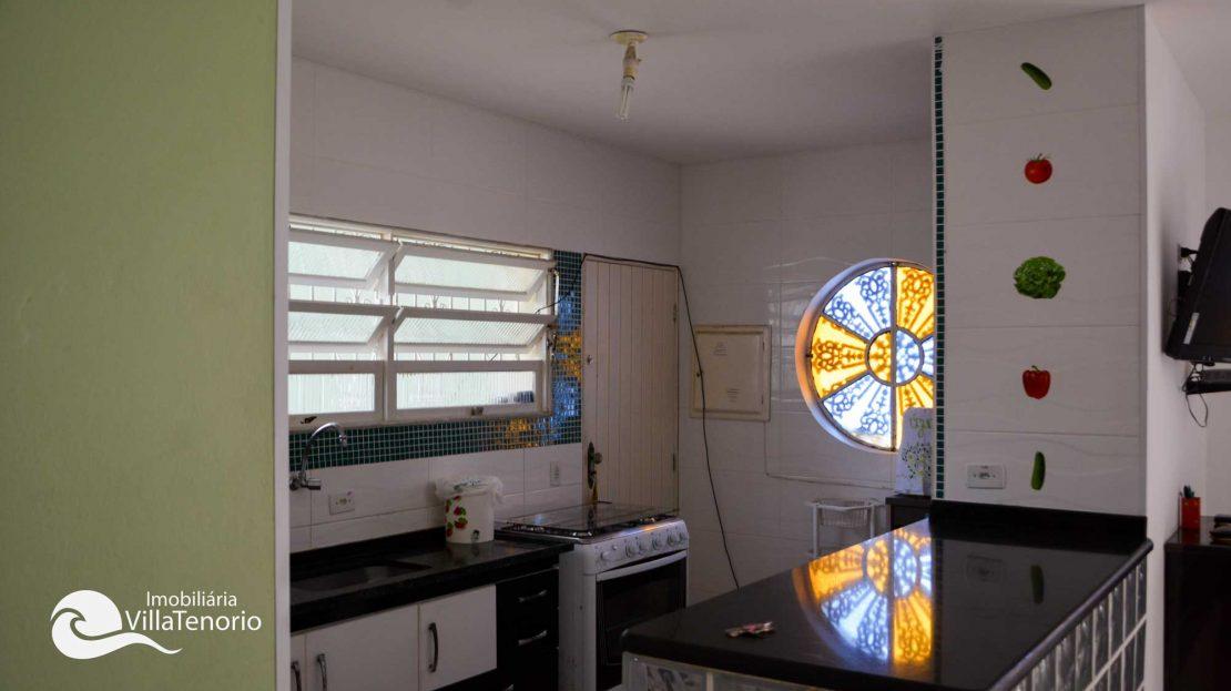 Casa para vender Ubatuba - Praia da Enseada - cozinha