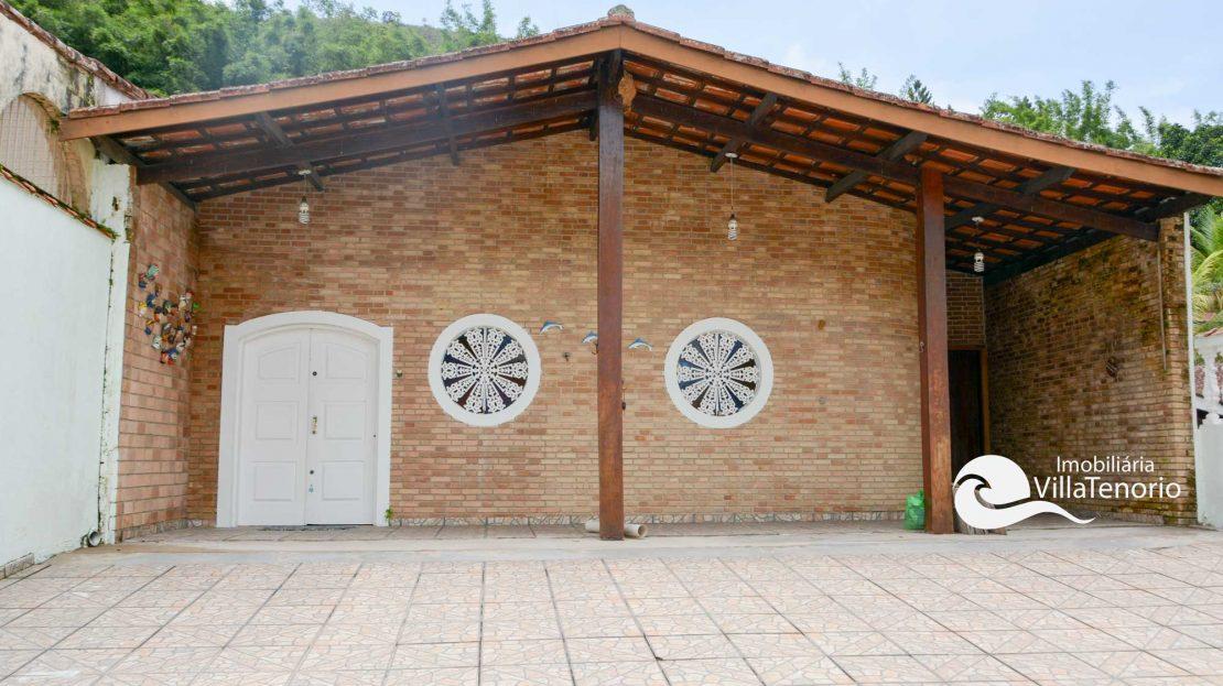 Casa para vender Ubatuba - Praia da Enseada - fachada