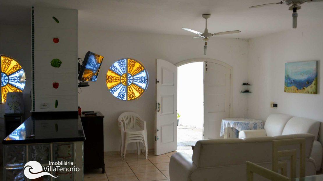 Casa para vender Ubatuba - Praia da Enseada - sala