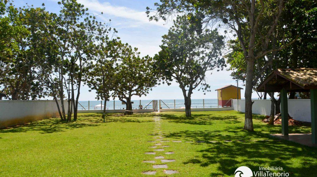fachada da casa para vender na praia das Toninhas em Ubatuba