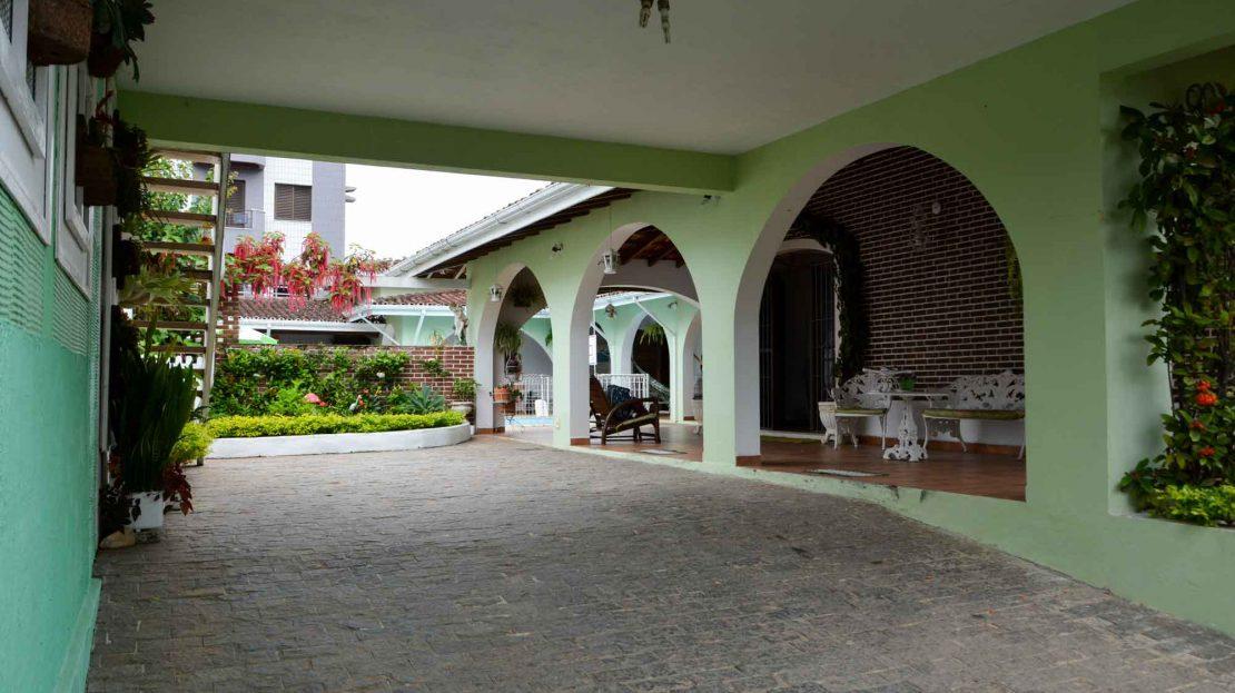 casa para vender na praia do itagua ubatuba