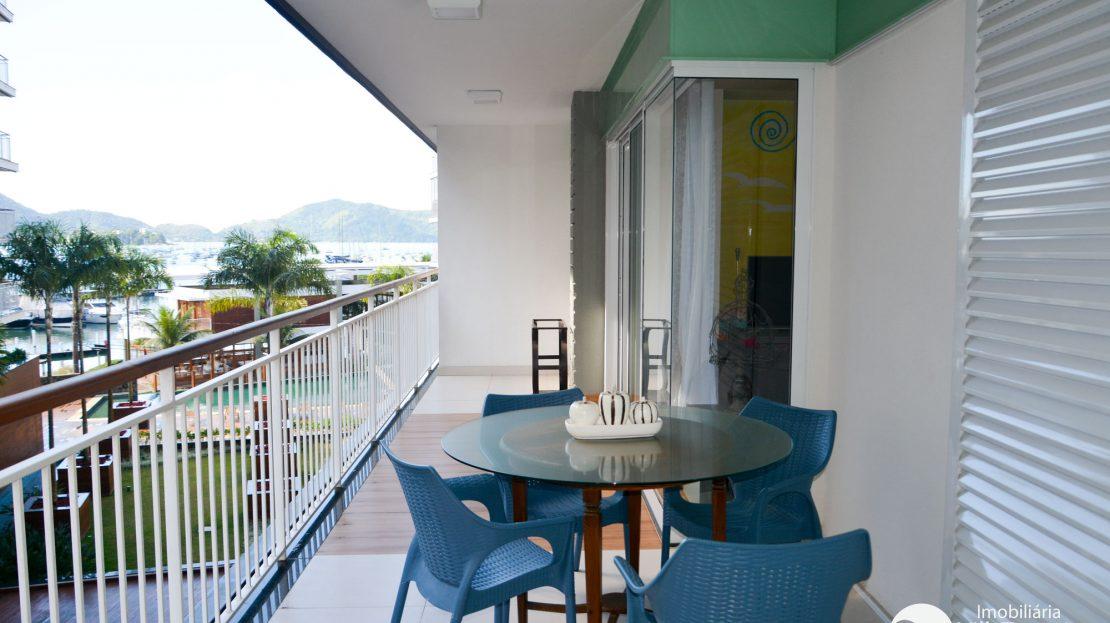 Apartamento para vender no Saco da Ribeira em Ubatuba