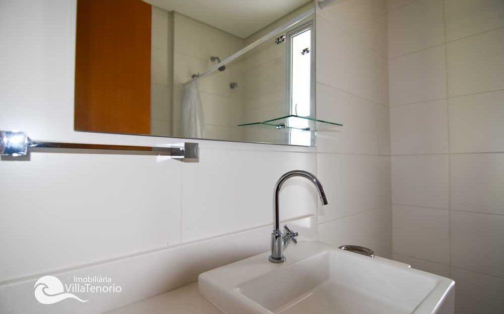 apartamento-em-Ubatuba-para-vender-saco-da-ribeira-banheiro
