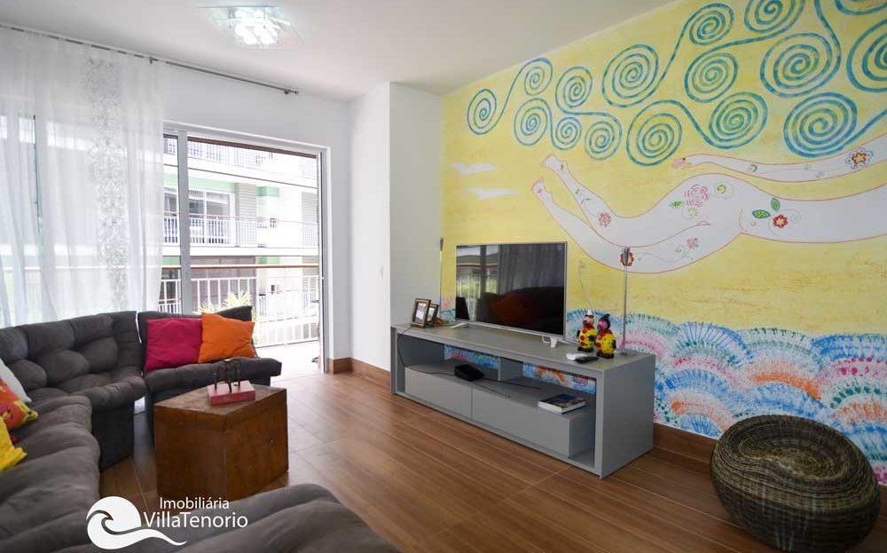 apartamento-em-Ubatuba-para-vender-saco-da-ribeira-sala2