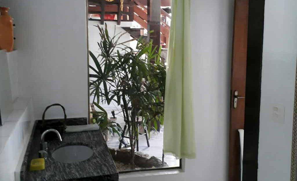 Casa_Ponta_das_Toninhas_venda_area_banheiros_03