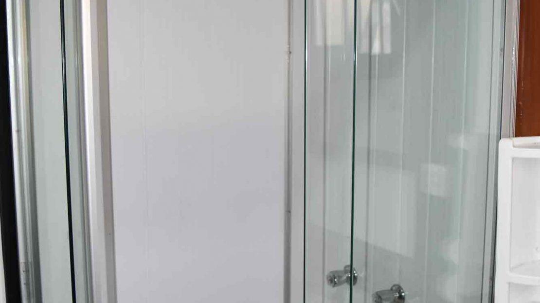 Pousada_vender_Ubatuba_suite2_banheiro