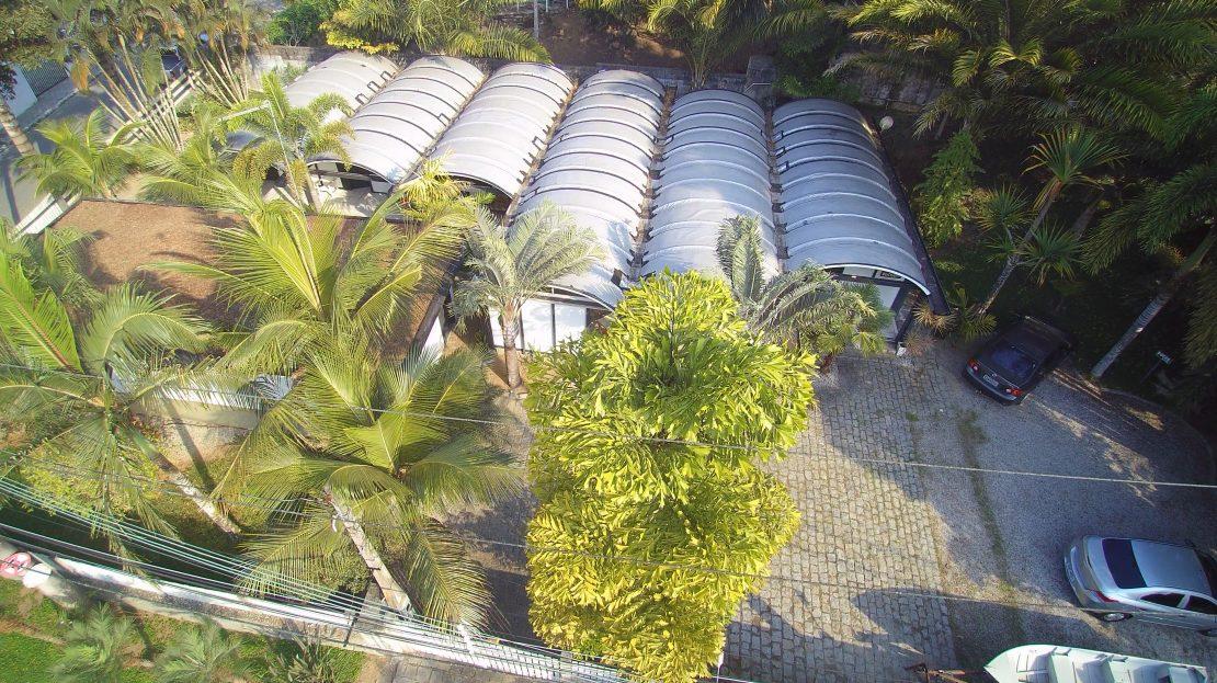 Pousada_vender_Ubatuba_area_fachada2