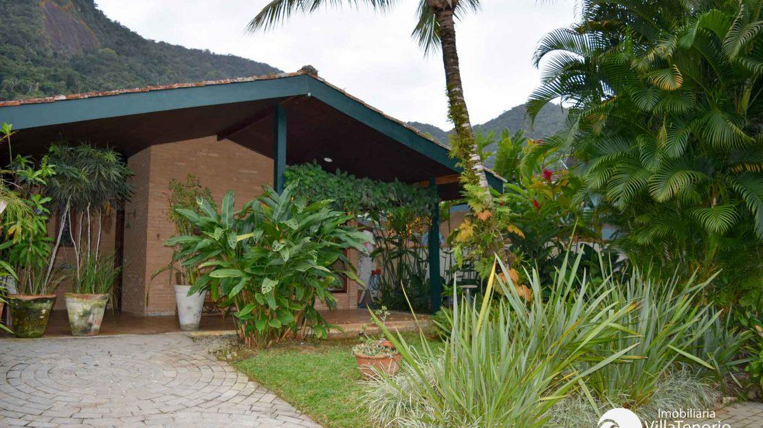 Casa para Vender, Praia do Lázaro, Ubatuba, SP_fachada_lateral