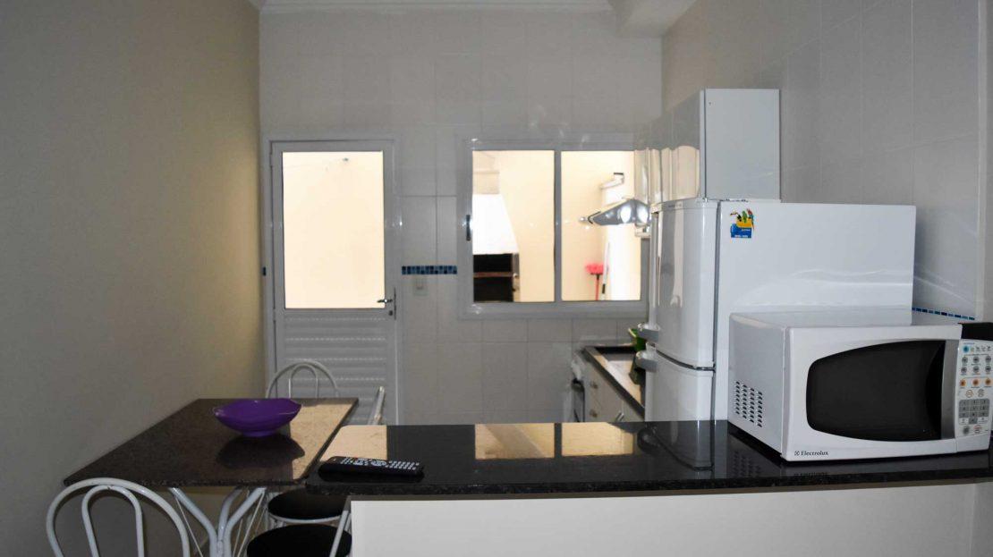 Predio Comercial com 10 apartamentos, Praia Grande, Ubatuba, SP