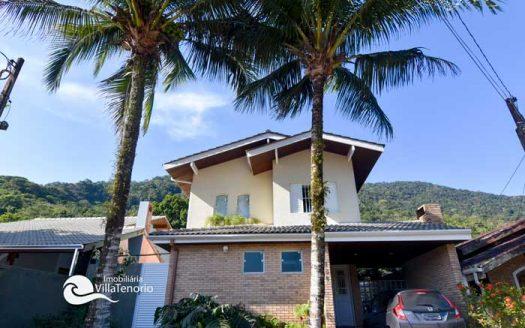 Casa-para-vender-em-Ubatuba_Praia-do-Lazaro_fachada_700
