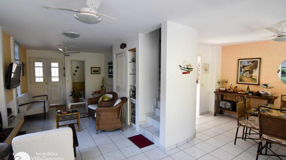 Casa-para-vender-em-Ubatuba_Praia-do-Lazaro_sala_700