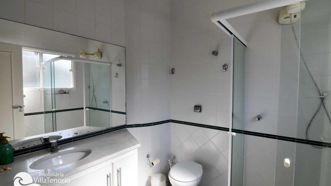Casa-para-vender-em-Ubatuba_Praia-do-Lazaro_suite4_banheiro_700