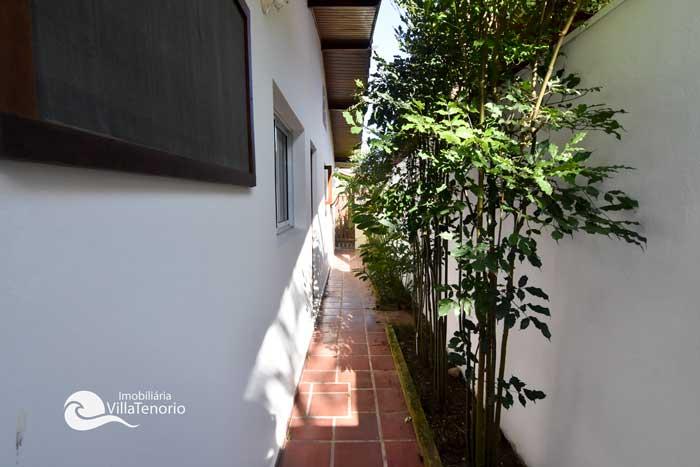 Casa-ubatuba-venda-Pedra-Verde_3corredor
