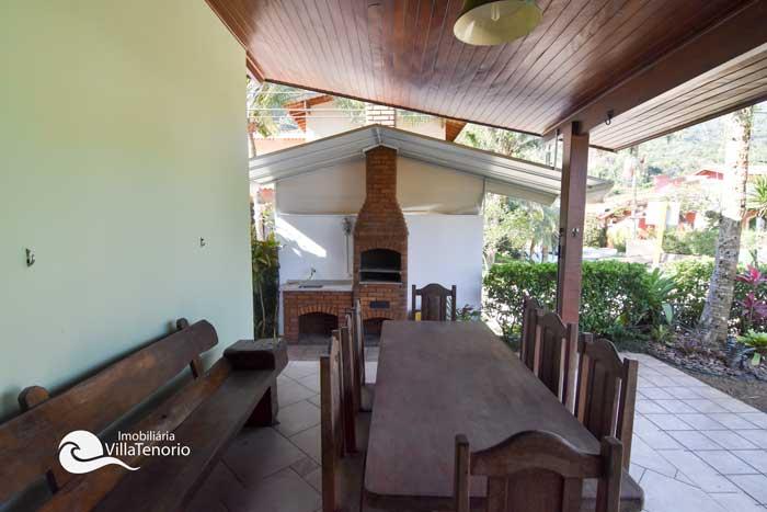 Casa-ubatuba-venda-Pedra-Verde_area_churrasco3