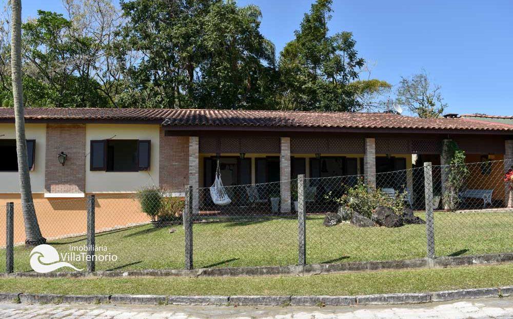 Ubatuba_casa-praia-tenorio-vender-rua_fachada