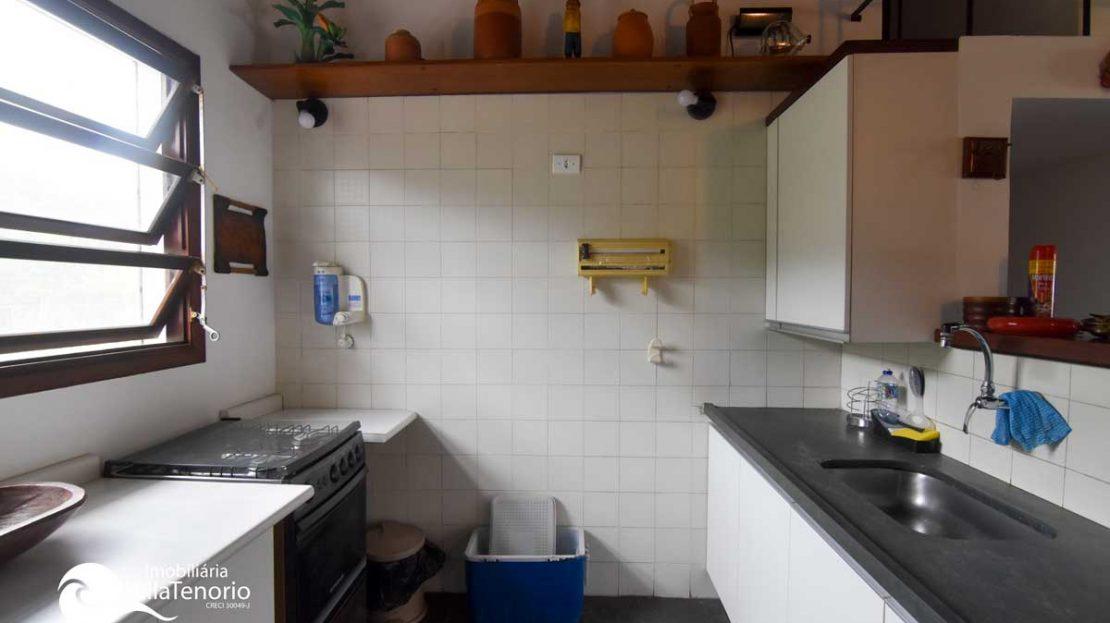 Cozinha_1_Apartamento-Saco-da-Ribeira-Ubatuba