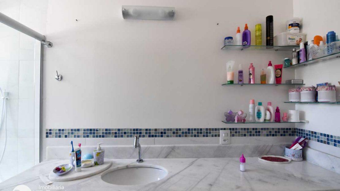 banheiro_suite_1_casa_2_toninhas
