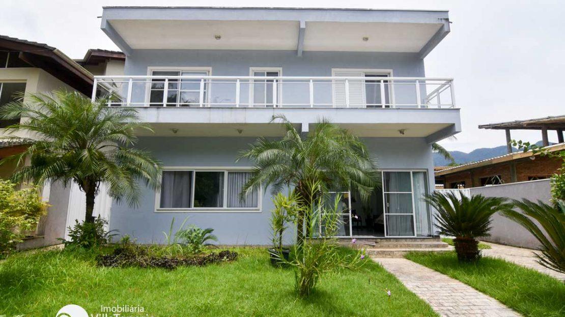 fachada_casa_condominio_country_Ubatuba