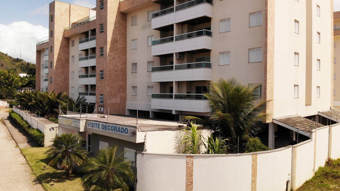 apartamento em Ubatuba para vender - foto frente lado direito