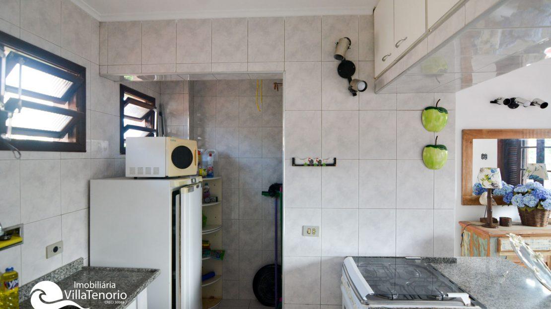 Apartamento-para-vender-em-Ubatuba_cozinha4