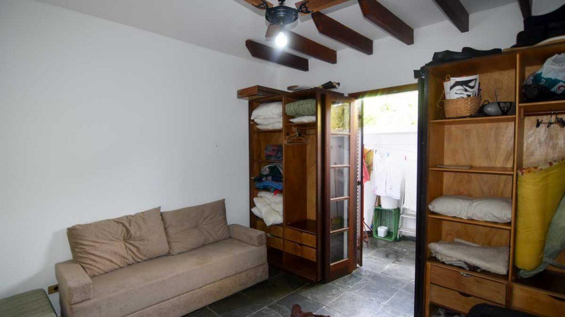 quarto_hospedes1_apartamento_saco_da_ribeira_2_dormitorios