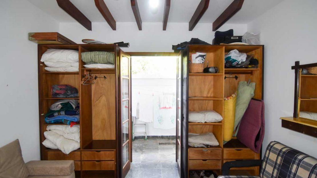 quarto_hospedes3_apartamento_saco_da_ribeira_2_dormitorios