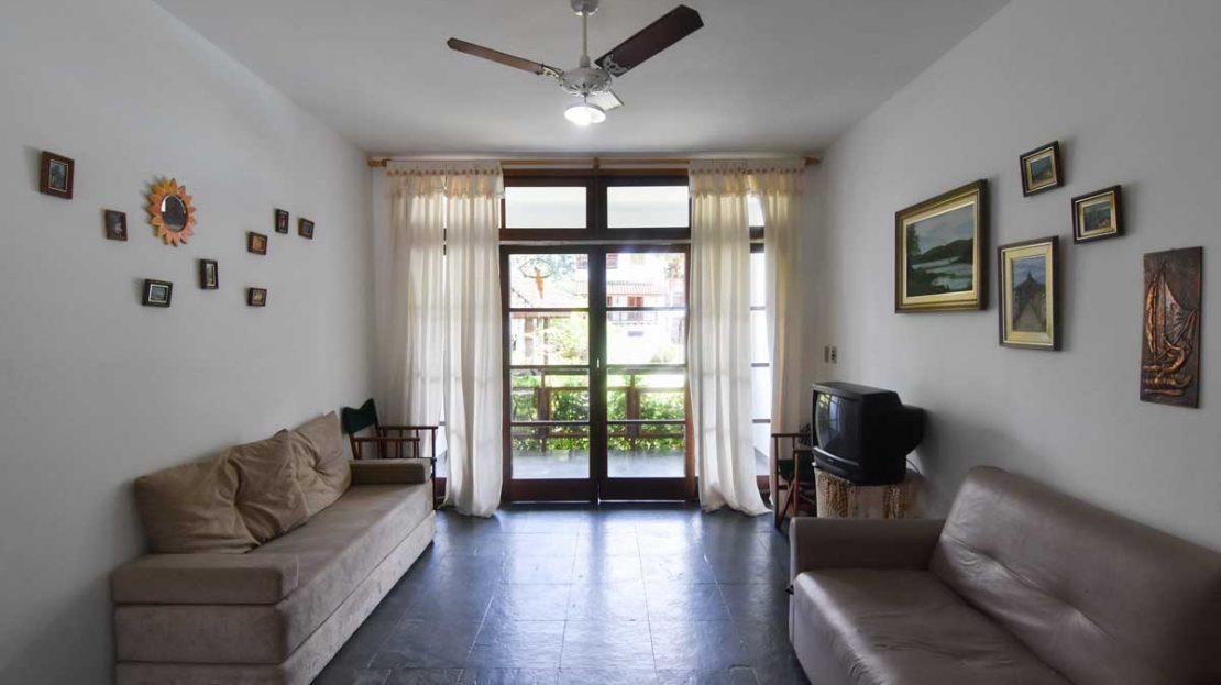 sala_1apartamento_saco_da_ribeira_2_dormitorios