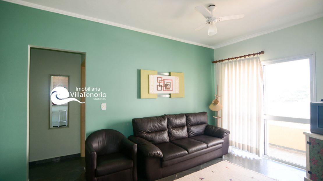 sala_1_Apartamento_Praia_Toninhas_Ubatuba_Vender