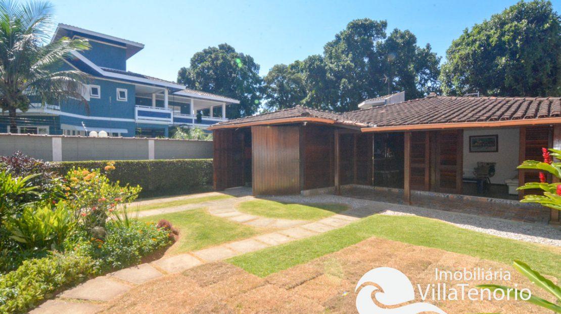 Casa_venda_centro_ubatuba_quintal