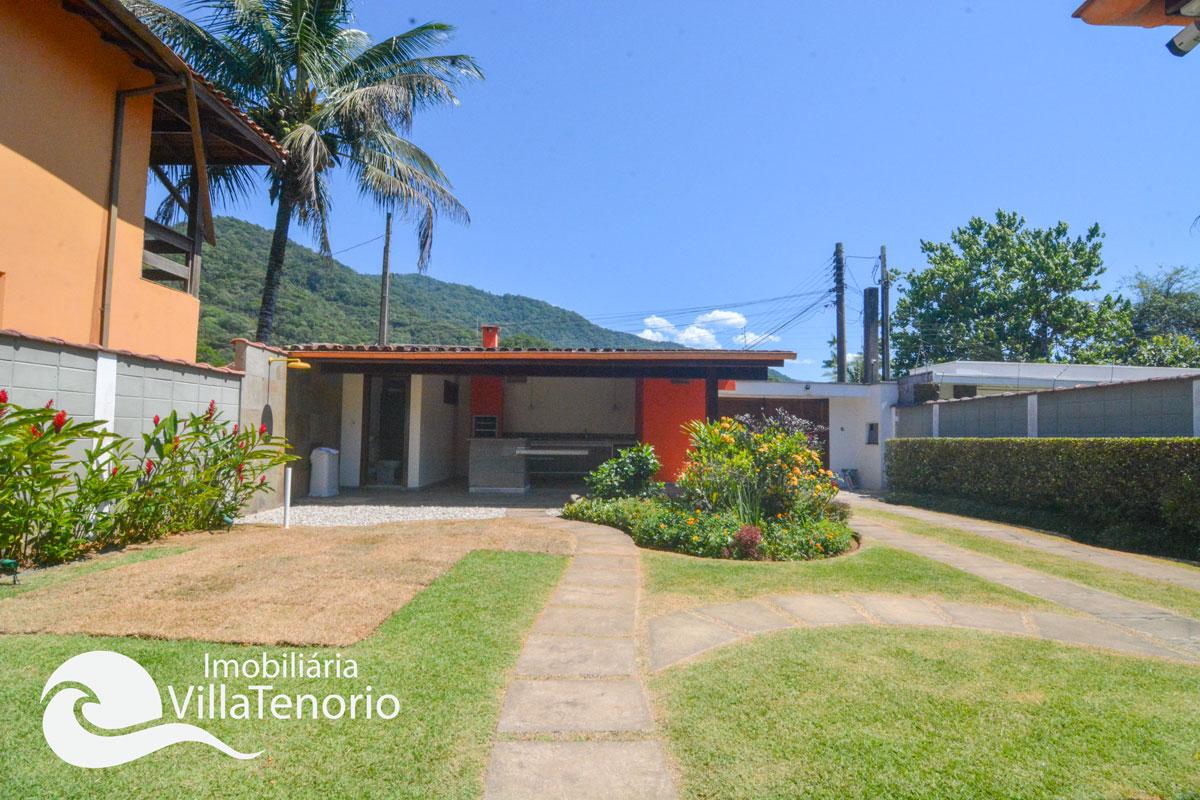 Casa_venda_centro_ubatuba_quintal2