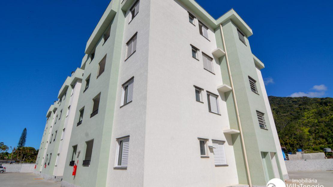 Apartamento para vender no Pereque Mirim