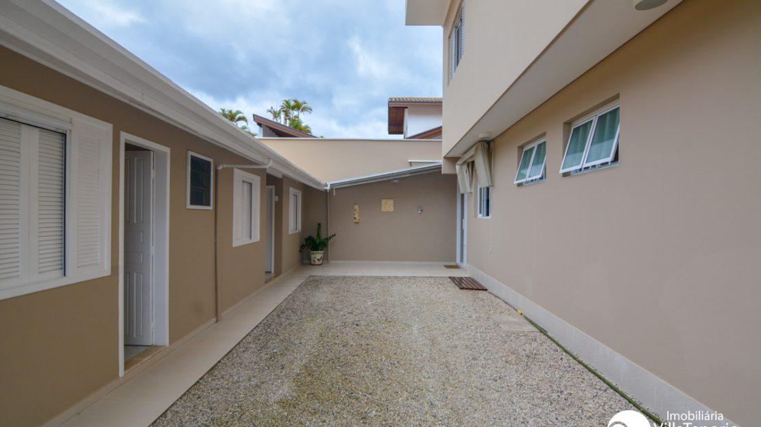 Casa_venda-lagoinha_ubatuba_fundos