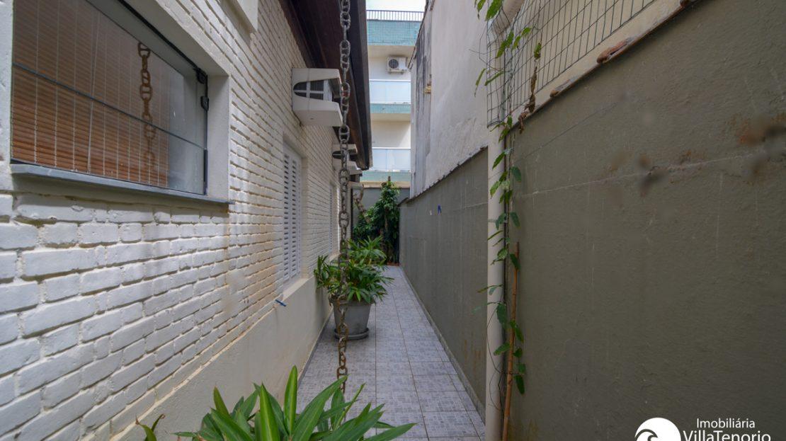 Casa_venda_toninhas_ubatuba_corredor