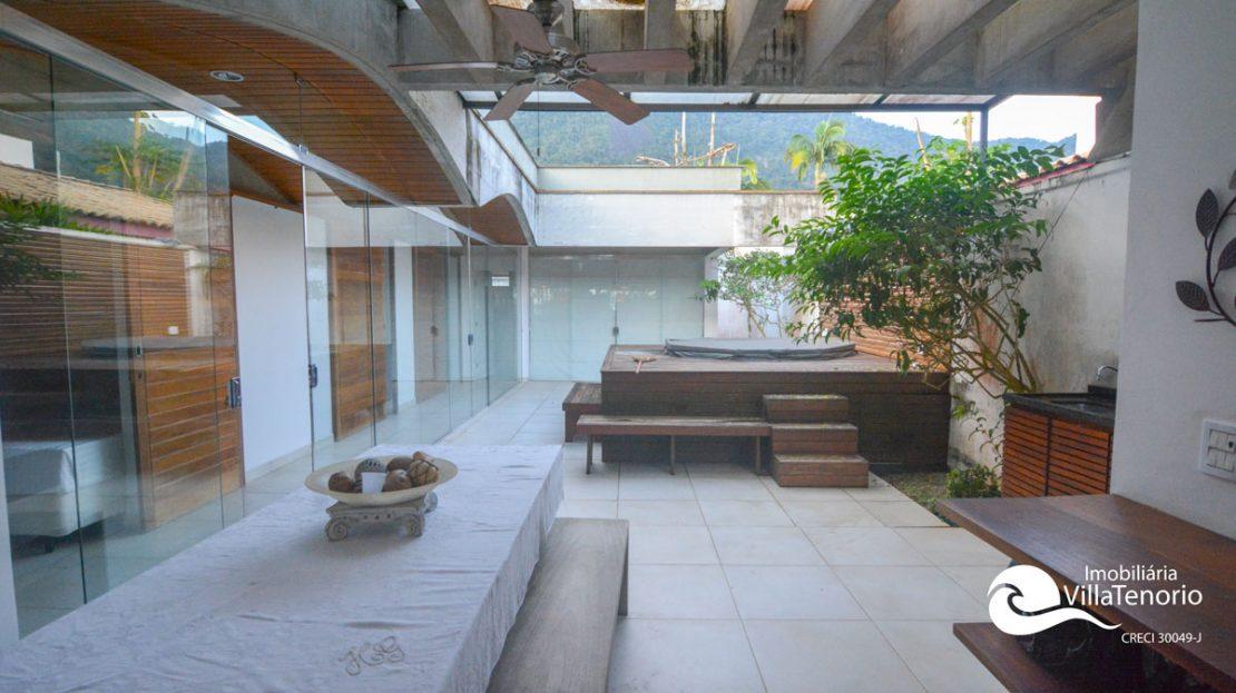 Casa_venda_lazaro_ubatuba_quintal