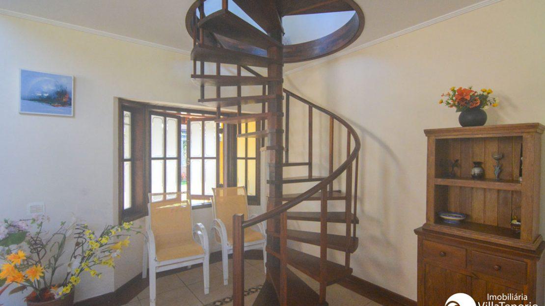 Casa_venda_ubatuba_praiadura_escada