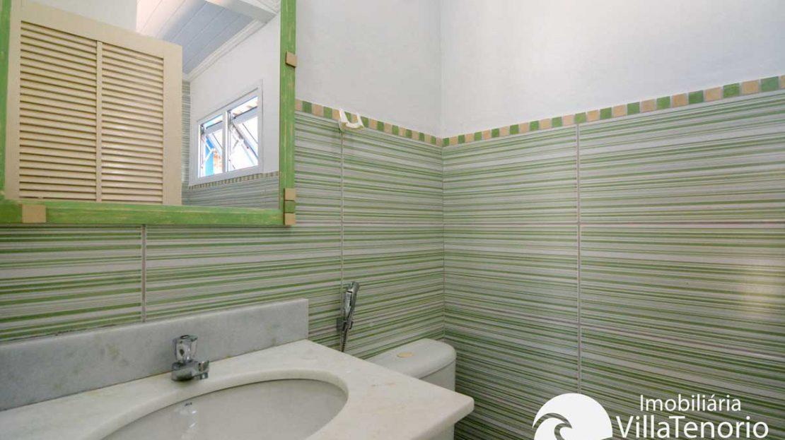Casa-venda-enseada-ubatuba-banheiro-suite2