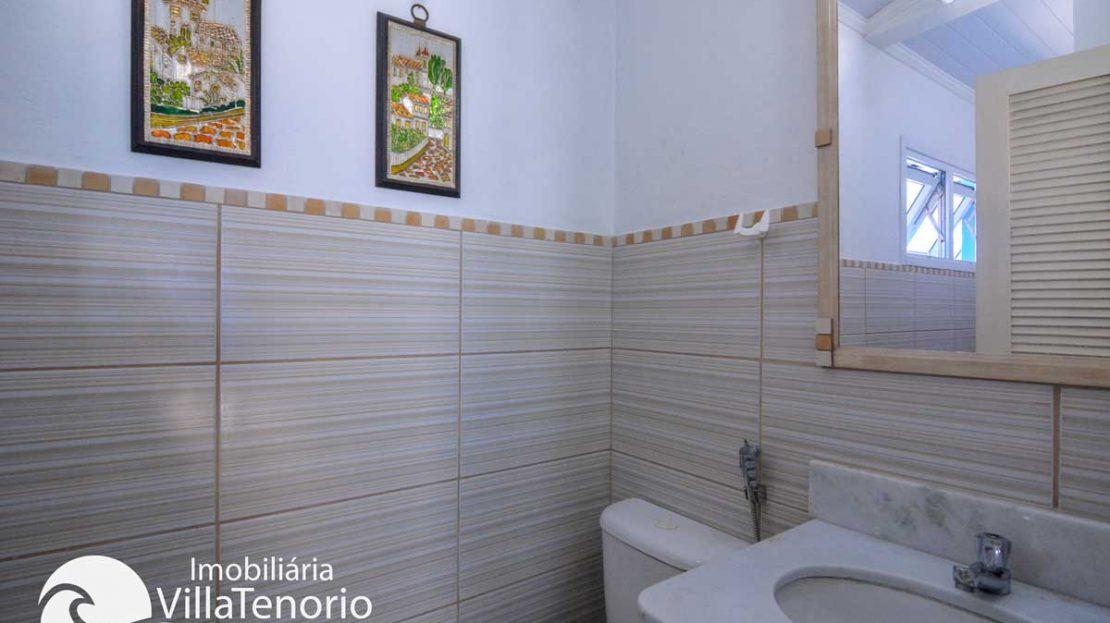 Casa-venda-enseada-ubatuba-banheiro-suite3