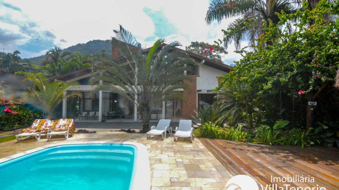 Casa-venda-praia-dura-ubatuba-piscina