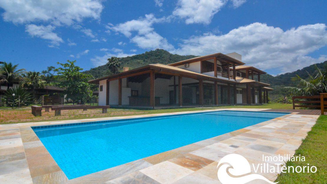 Casa_Venda_vermelha_do_sul_piscina