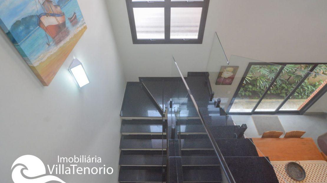 Casa_venda_lagoinha_ubatuba_escada2