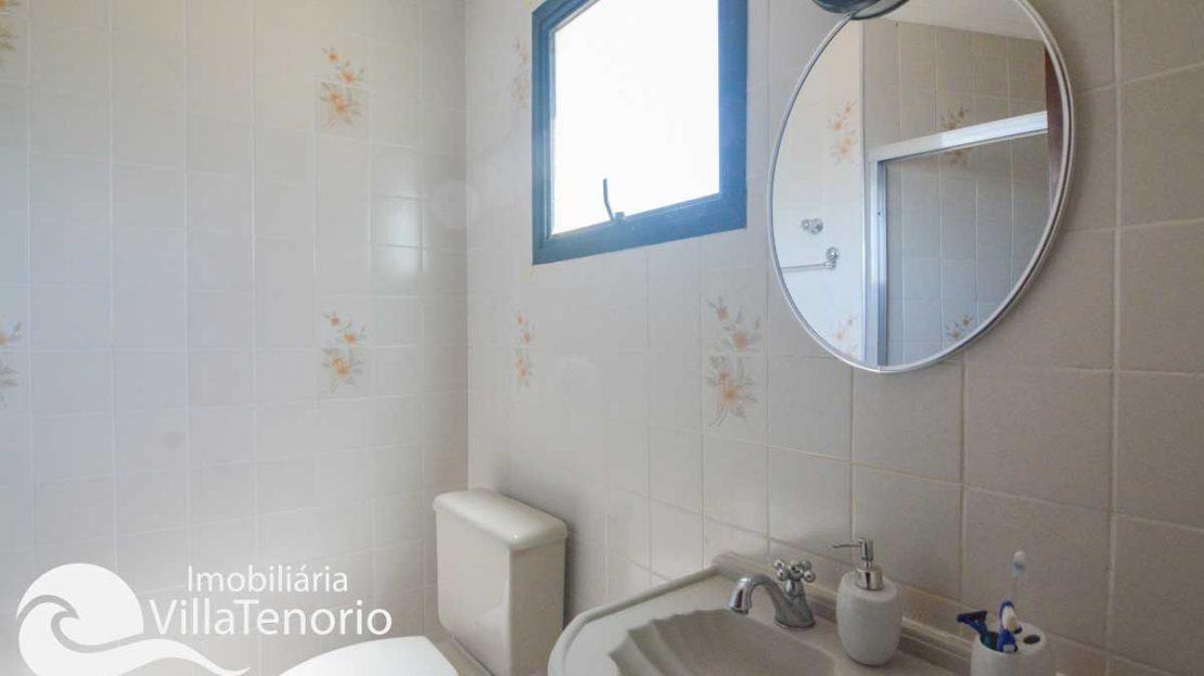Apartamento-Ubatuba-Itagua-Venda-banheiro