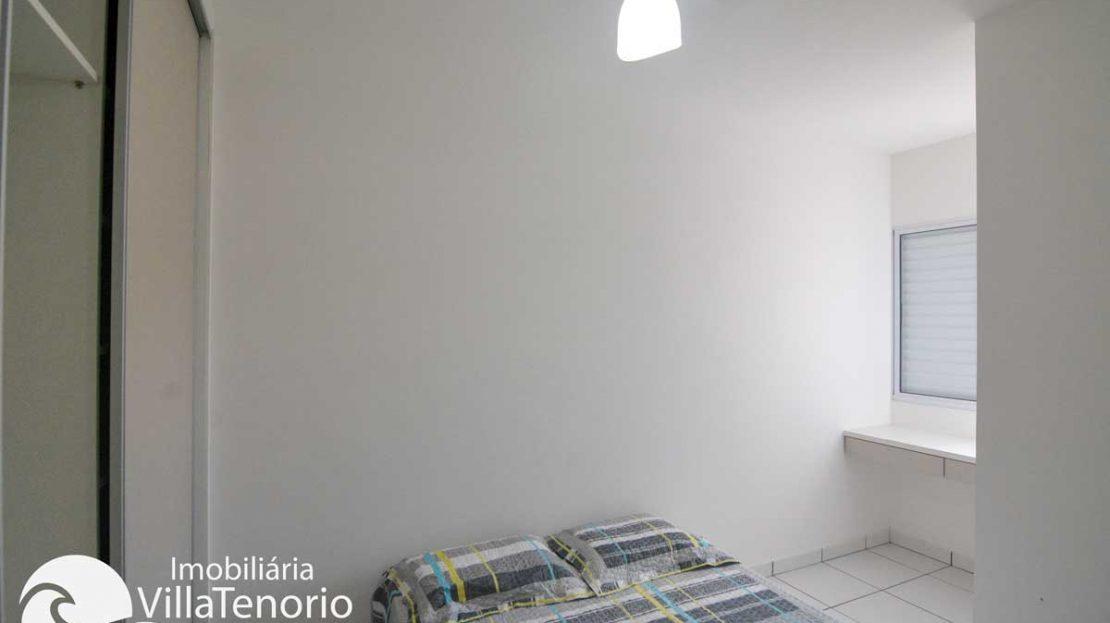 Apto-Ubatuba-venda-centro-quarto2_
